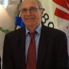 Ehrenvorsitzender Dr. Axel Claus